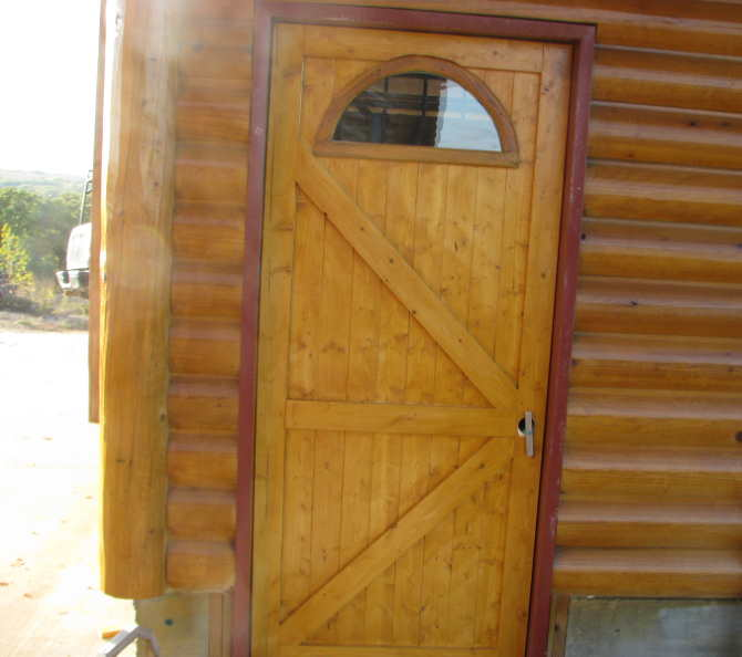 Made My Own Inexpensive Wood Garage Carriage Doors-img_0447.jpg