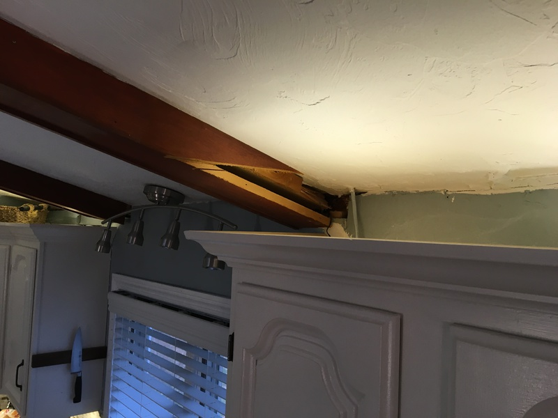 How can I patch this trim piece that was under a soffit?-img_0474.jpg