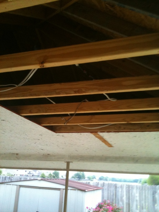 ... Creating a vaulted ceiling for patio-img_0493.jpg ...