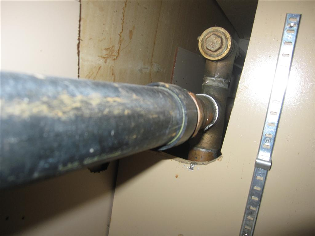 simple question regarding kitchen sink drain-img_0666-medium-.jpg