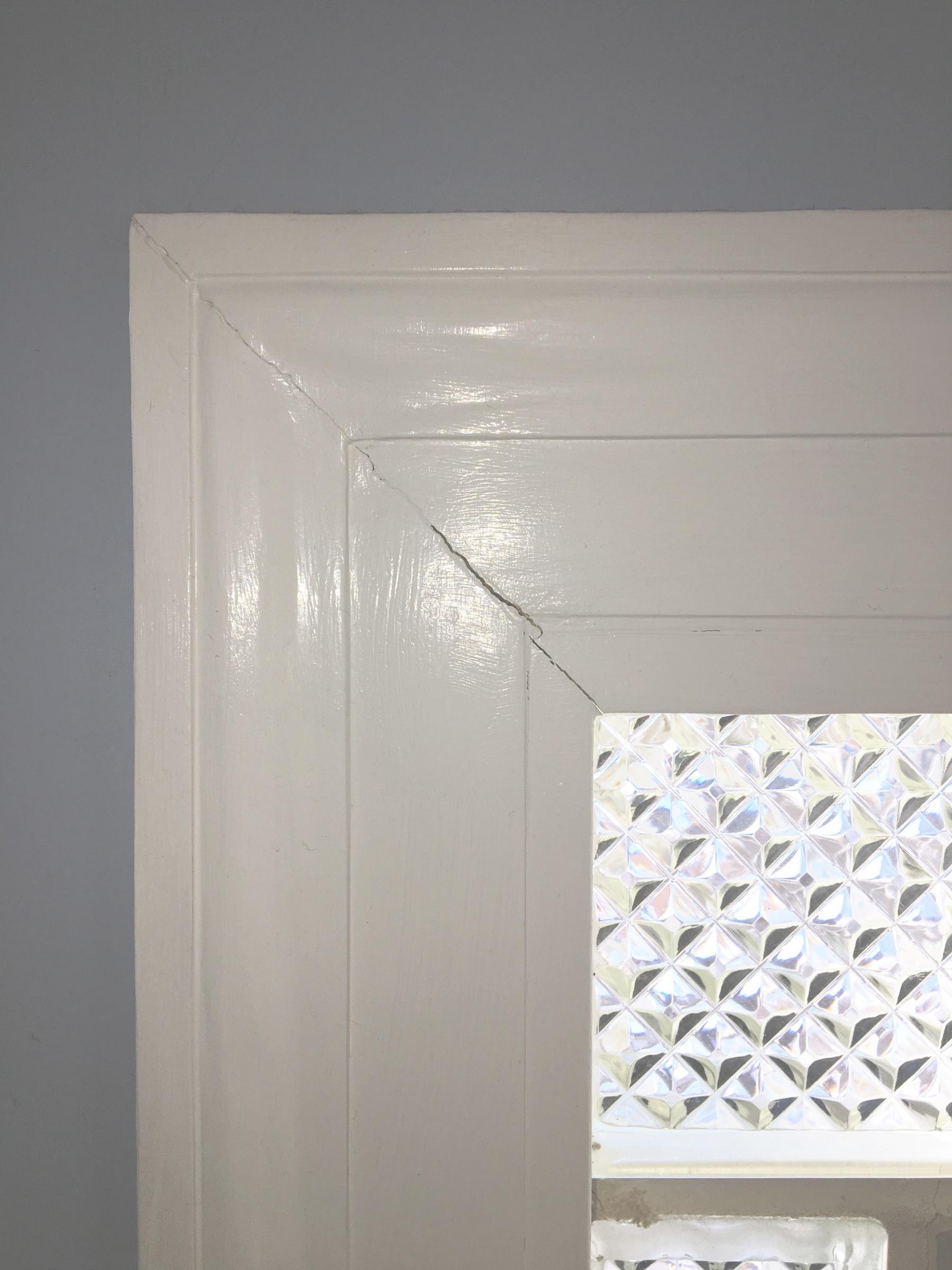 Window Trim seams pulling apart-img_0678.jpg