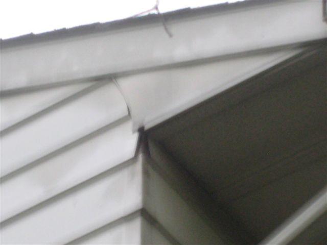 Siding Repair HELP!!-img_0679.jpg