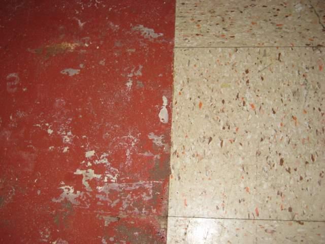 removing old basement tiles, no vis glue holding down??-img_0705.jpg