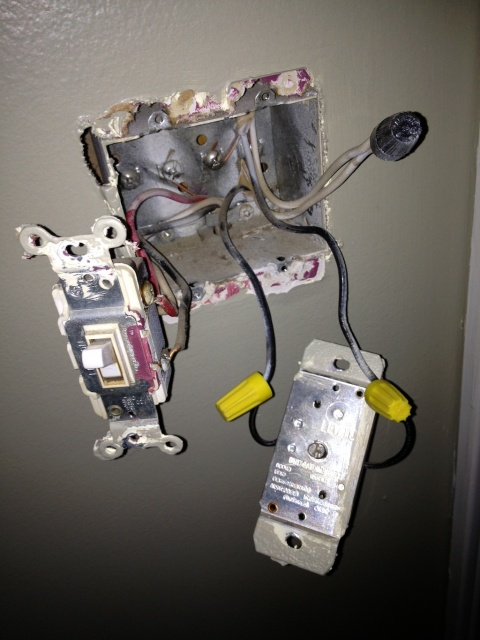 Replacing a Dimmer switch with a standard switch-img_0732.jpg