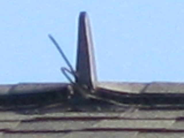 What is this thing on the roofs in my neighborhood-img_0753.jpg