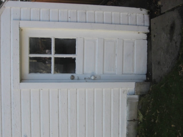 Garage entry door letting in water-img_0763.jpg