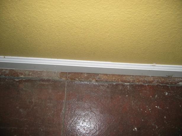 Slab Cracked Along Perimeter-img_0831.jpg