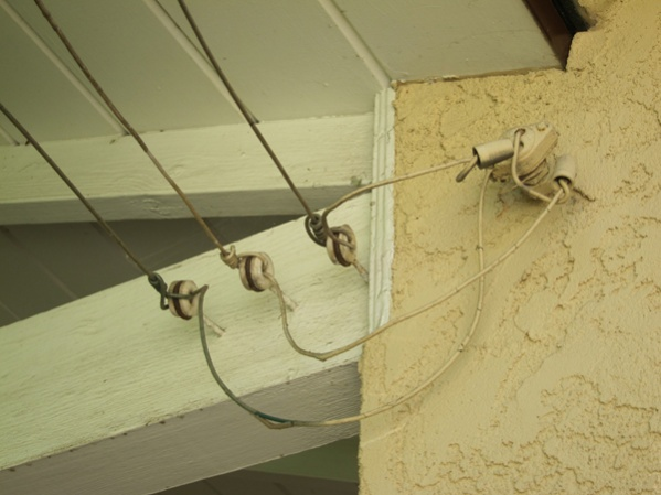 What is this called? (Overhead Power to Detached Garage)-img_0834.jpg