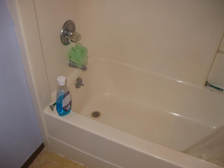 Stupid bathroom floor question-img_0865.jpg