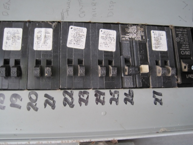 How to tell how big my panel is???-img_0887.jpg