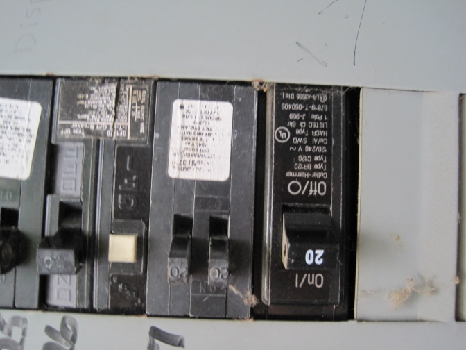 How to tell how big my panel is???-img_0888.jpg