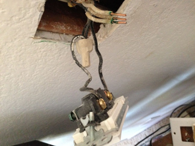 2 Hot Wires From Switch - Previously A Switched Outlet - Electrical ...