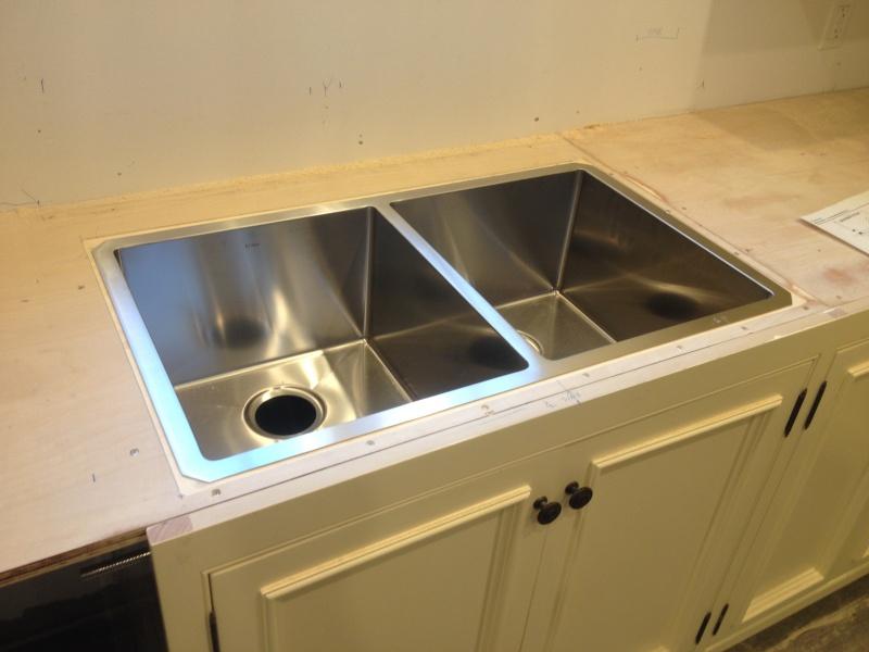 attaching undermount sink-img_0918.jpg