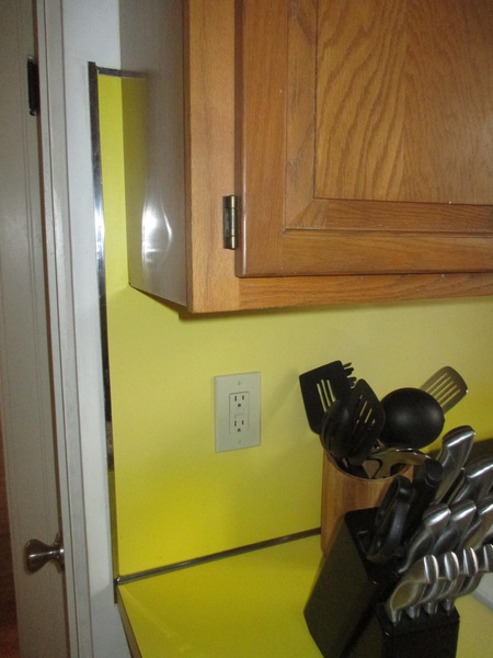 Laminate Backsplash and Horsehair Plaster-img_0926.jpg