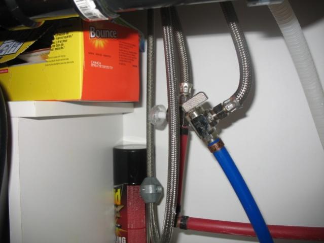 No cold water in kitchen sink. Help!!-img_1053.jpg