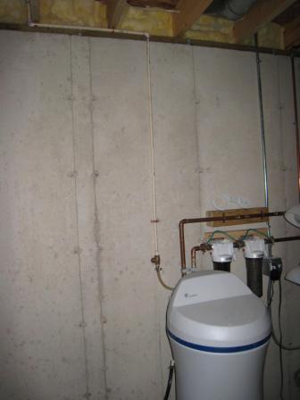 Water Softner Overhead drain-img_1056.jpg