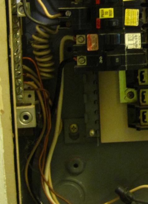 Service panel ground-img_1068a.jpg