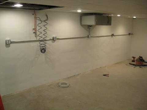 Basement shop-img_1132.jpg