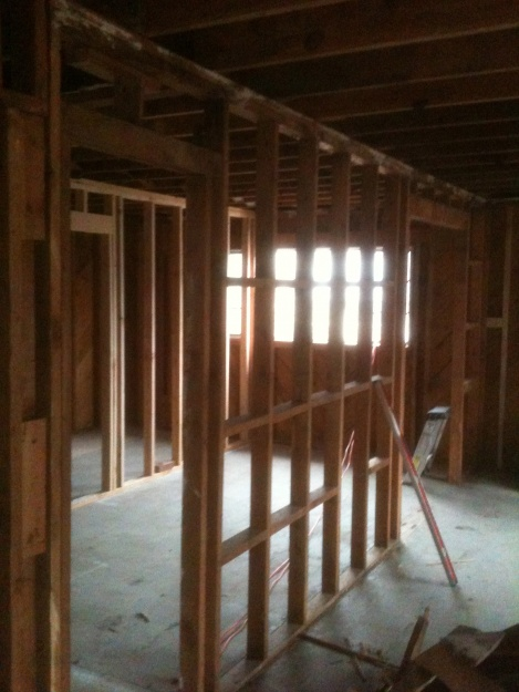 Load bearing wall removal question...-img_1144.jpg