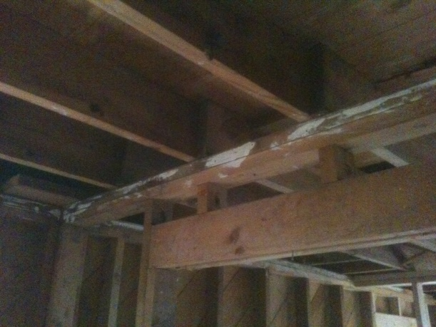Load bearing wall removal question...-img_1145.jpg