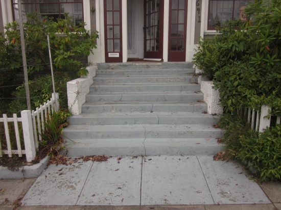 concrete stairs with side walls-img_1182.jpg