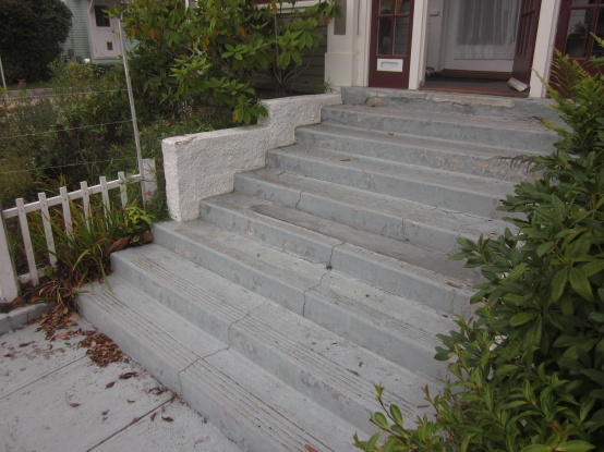 concrete stairs with side walls-img_1183.jpg