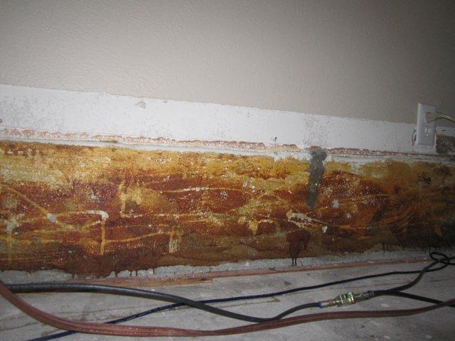 Sunken living room wall problem..-img_124301.jpg