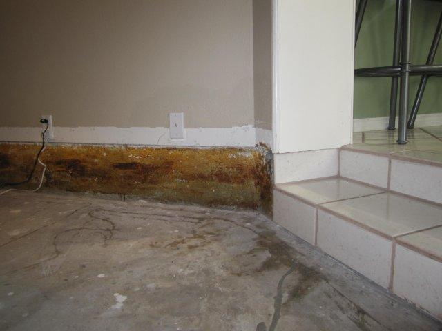 Sunken living room wall problem..-img_124401.jpg