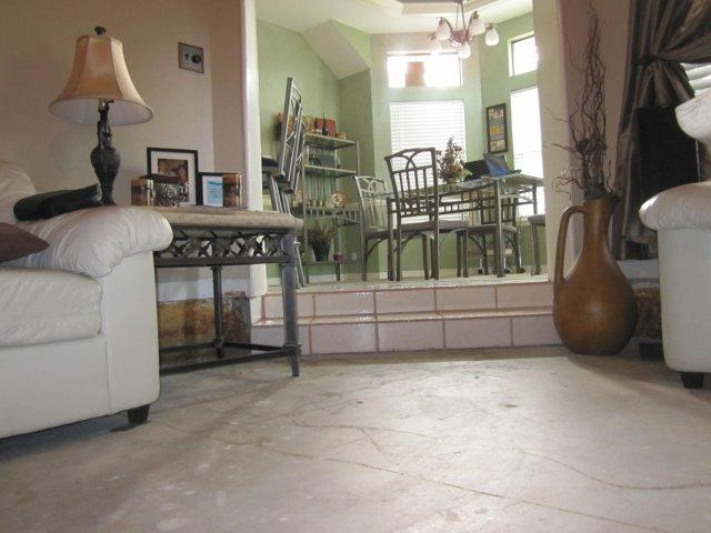 Sunken living room wall problem..-img_124501.jpg
