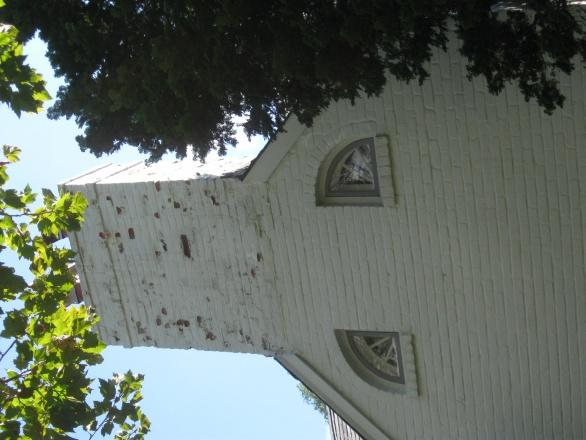 75 year chimney leak problem-img_1249.jpg