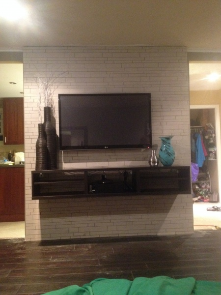 New Floors and Feature Wall-img_1278.jpg