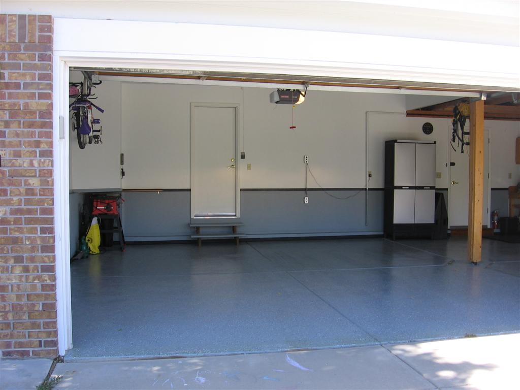Recommendations for finishing garage floor?-img_1323-large-.jpg