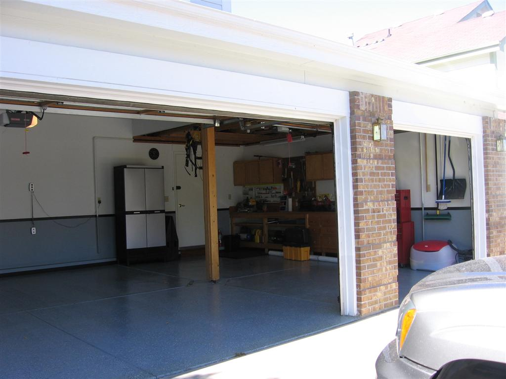 Recommendations for finishing garage floor?-img_1325-large-.jpg