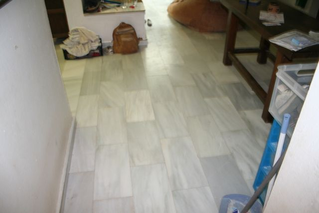 Coloring/staining tired marble floor-img_1477.jpg