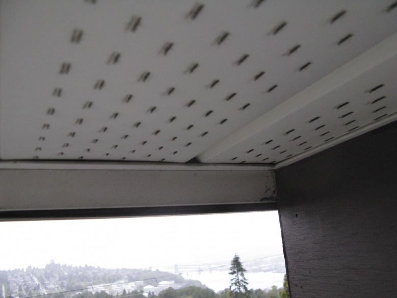 how to cut soffit pieces