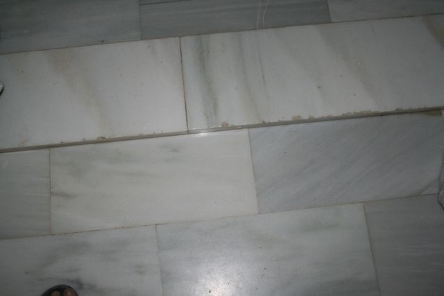 Coloring/staining tired marble floor-img_1479.jpg