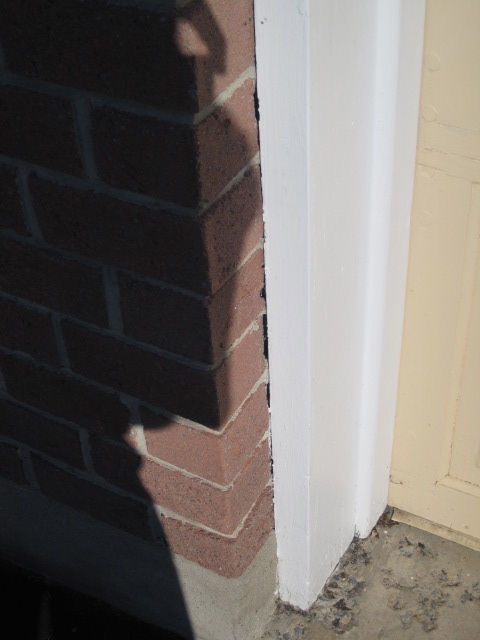 Wooden Garage Door Frame Caulking-img_1499.jpg