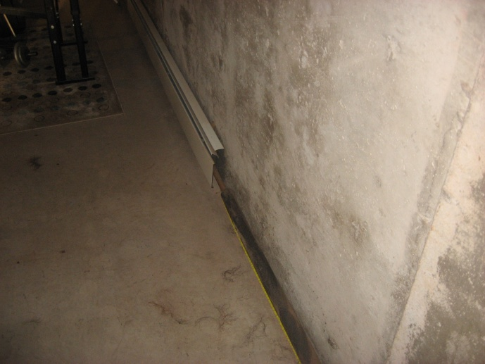 Basement wall framing with baseboard heaters-img_1513-1-.jpg