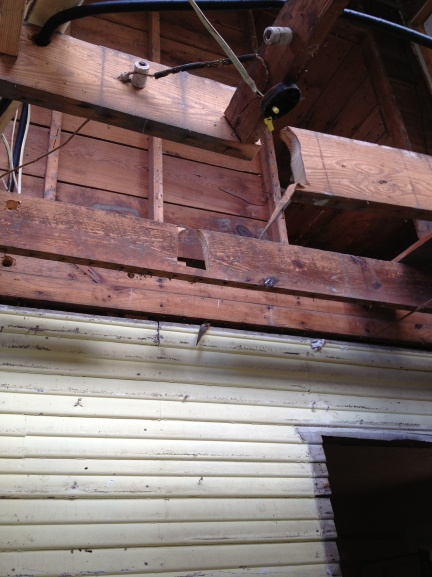 fixing side to side floor joists-img_1625.jpg