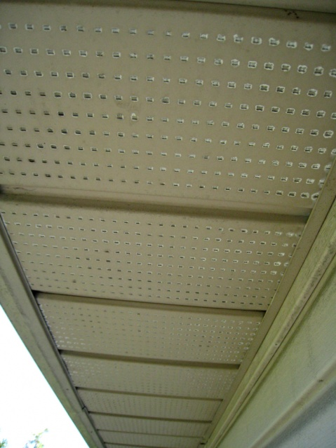 white around vented soffits-img_1650-reduced.jpg