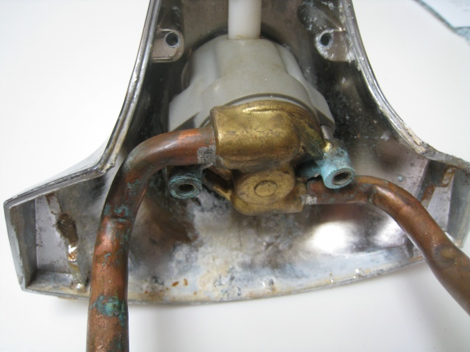 Faucet Leak Below Kitchen Sink And From The Delta Faucet ...