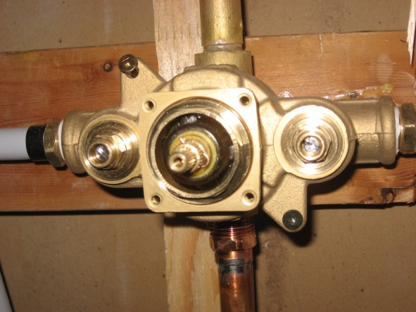 aqua brass shower valve question-img_1678.jpg