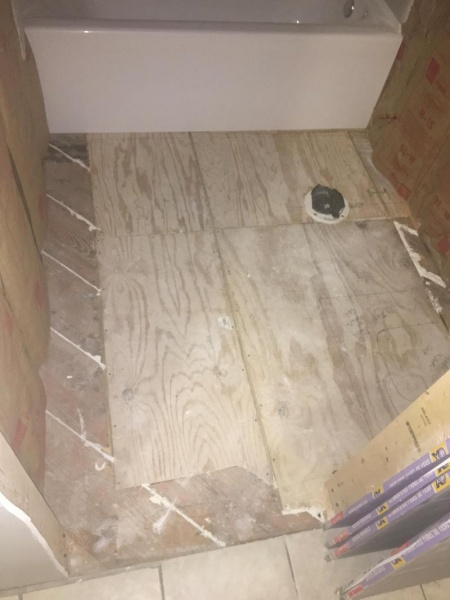 Level issues with Ceramic Tile-img_1692_1488032866292.jpg
