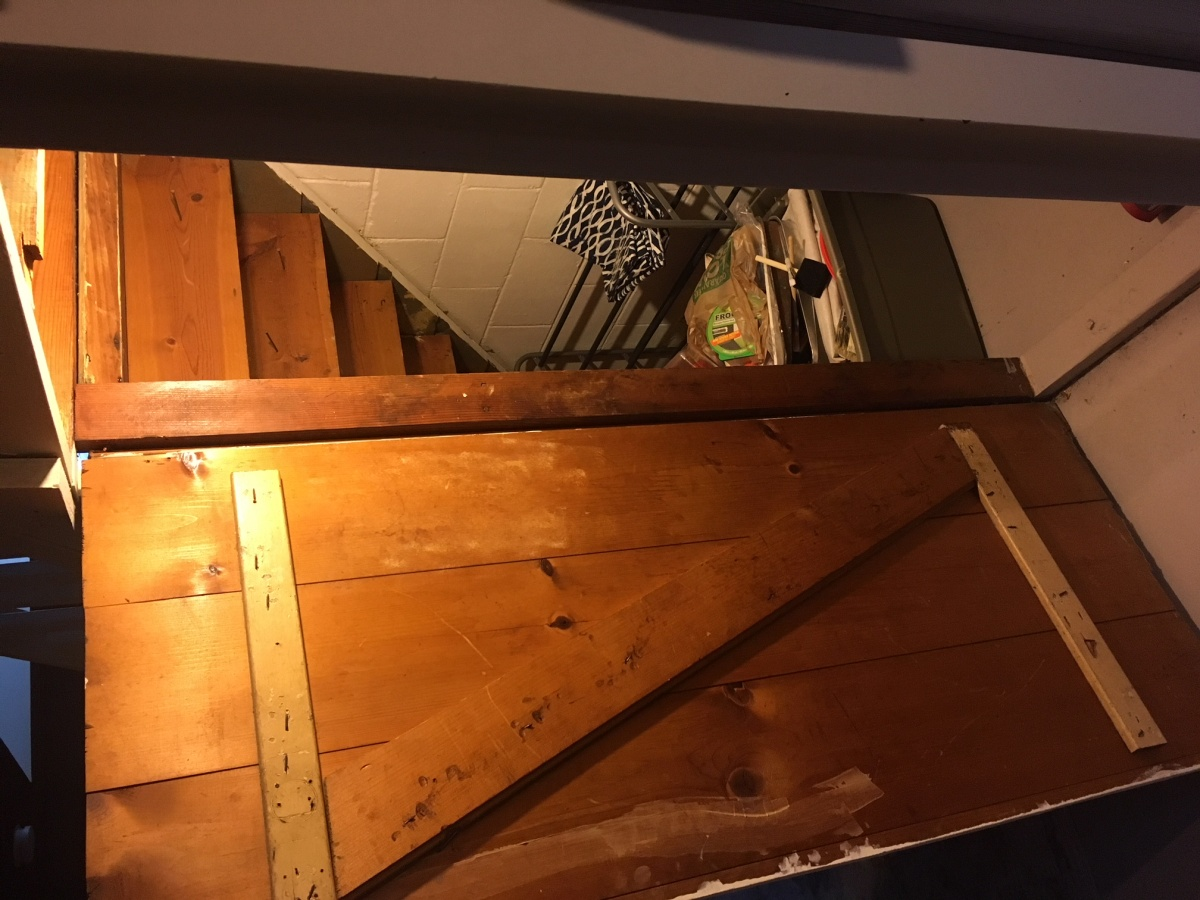 Under Staircase Bar - Do-able?-img_1709.jpg