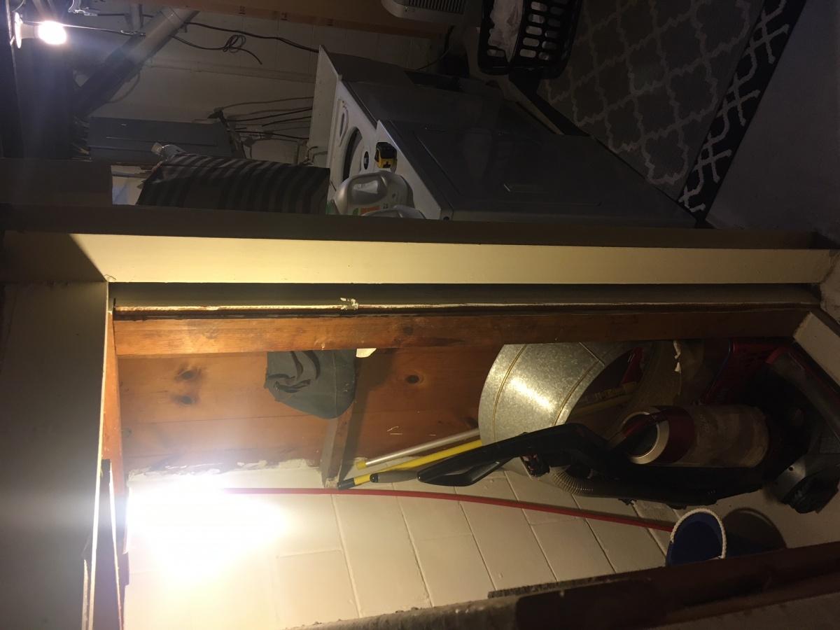 Under Staircase Bar - Do-able?-img_1710.jpg