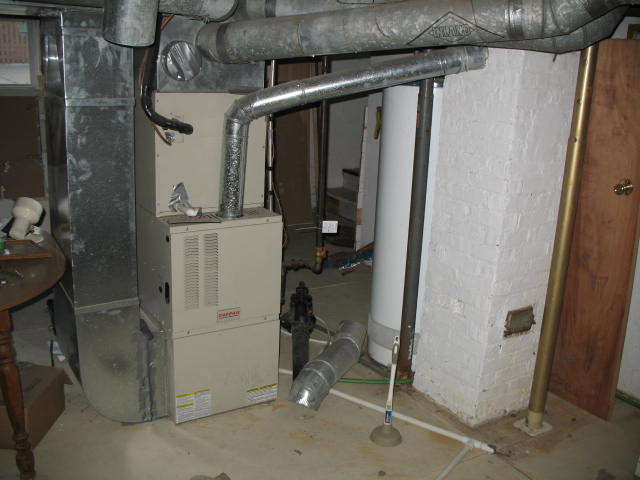 air sealing basement-img_1729.jpg