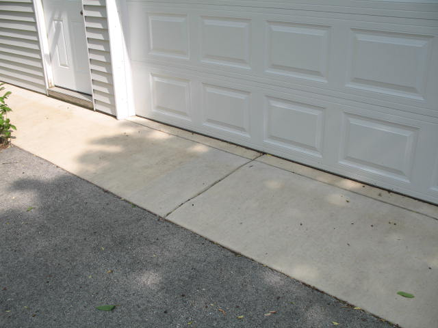 Garage and driveway uneven-img_1758.jpg