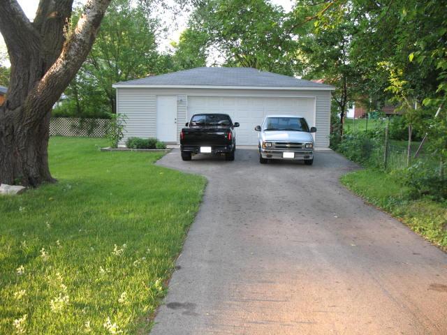 asphalt drive sealers ?-img_1778.jpg