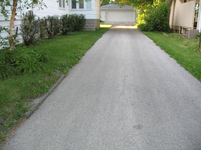asphalt drive sealers ?-img_1782.jpg