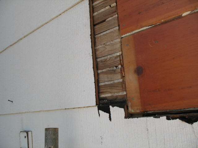 how should i seal this window ?-img_1809.jpg